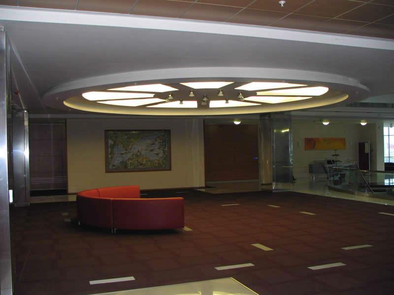 bekleme-salonu-tavan-dekorasyonu